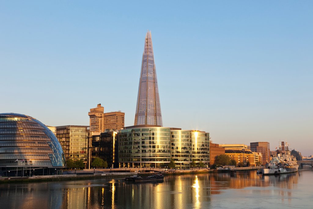 Stock Photo: 442-37870 UK, England, London, Southwark, The Shard and More London Development