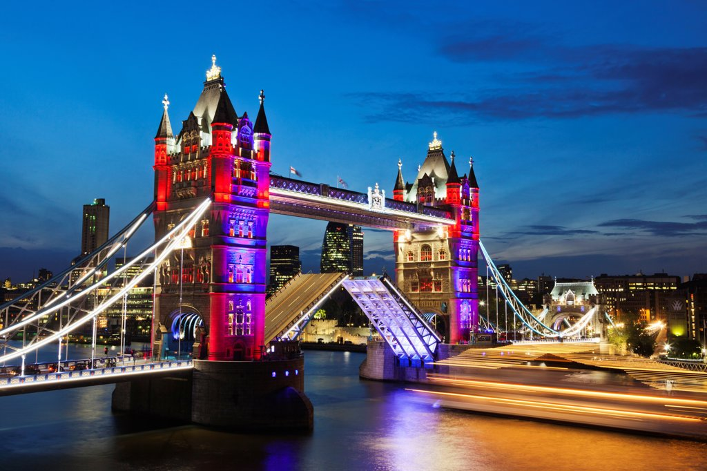 Stock Photo: 442-37888 UK, England, London, Southwark, Tower Bridge