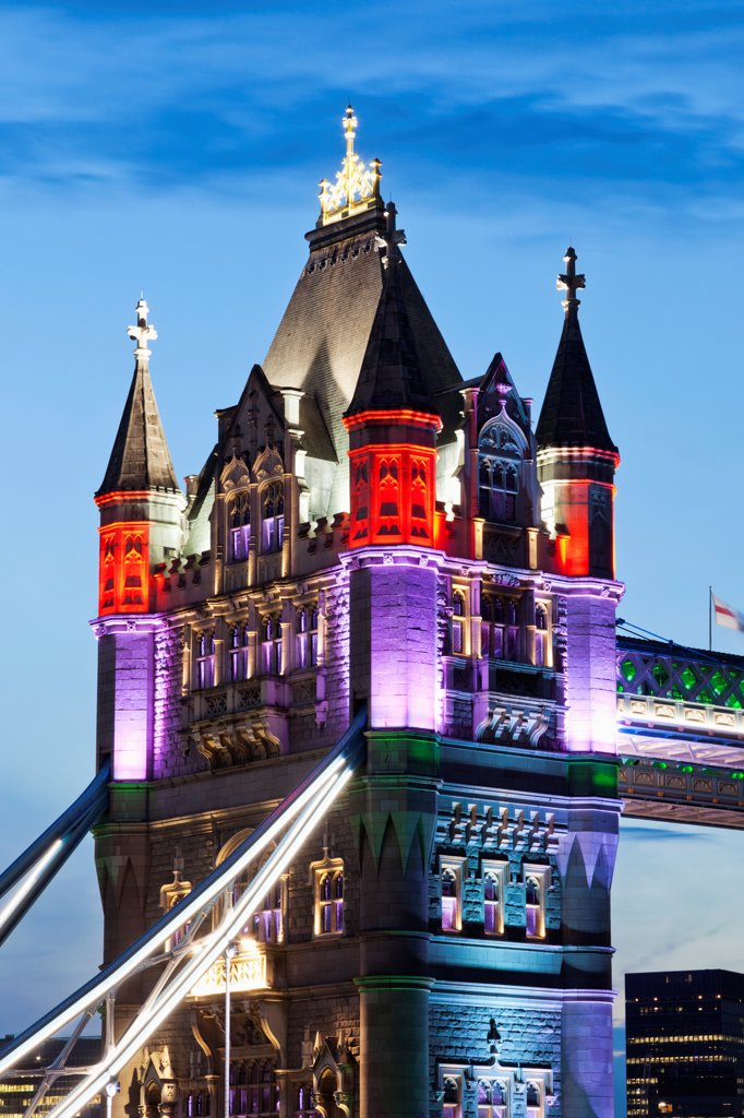 Stock Photo: 442-37891 UK, England, London, Southwark, Tower Bridge