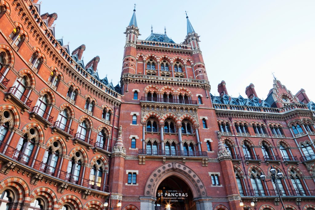 Stock Photo: 442-37942 UK, England, London, Kings Cross, St Pancras Renaissance Hotel