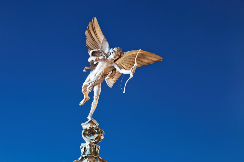 Stock Photo: 442-37947 UK, England, London, Soho, Piccadilly Circus, Eros Statue