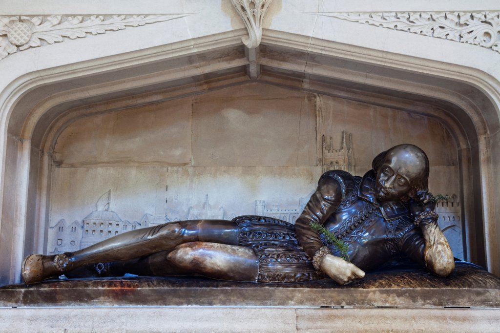 England, London, Southwark, Southwark Cathedral, Shakespeare Memorial Statue : Stock Photo