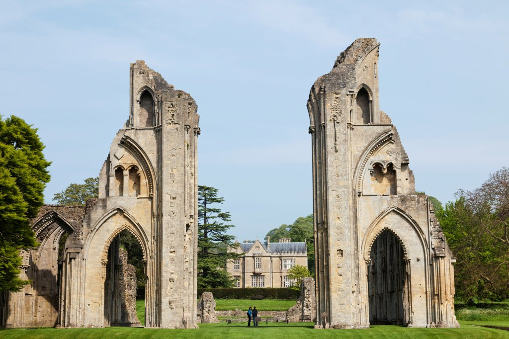 England, Somerset, Glastonbury, Glastonbury Abbey, The High Altar : Stock Photo