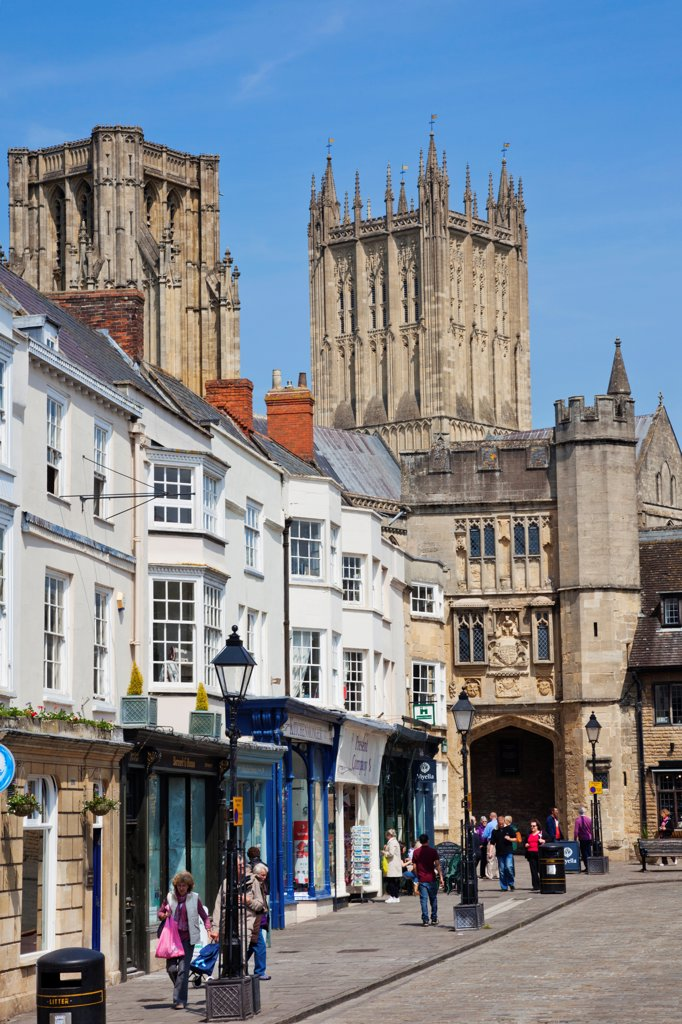 Stock Photo: 442-38114 England, Somerset, Wells, Street Scene and Wells Cathedral