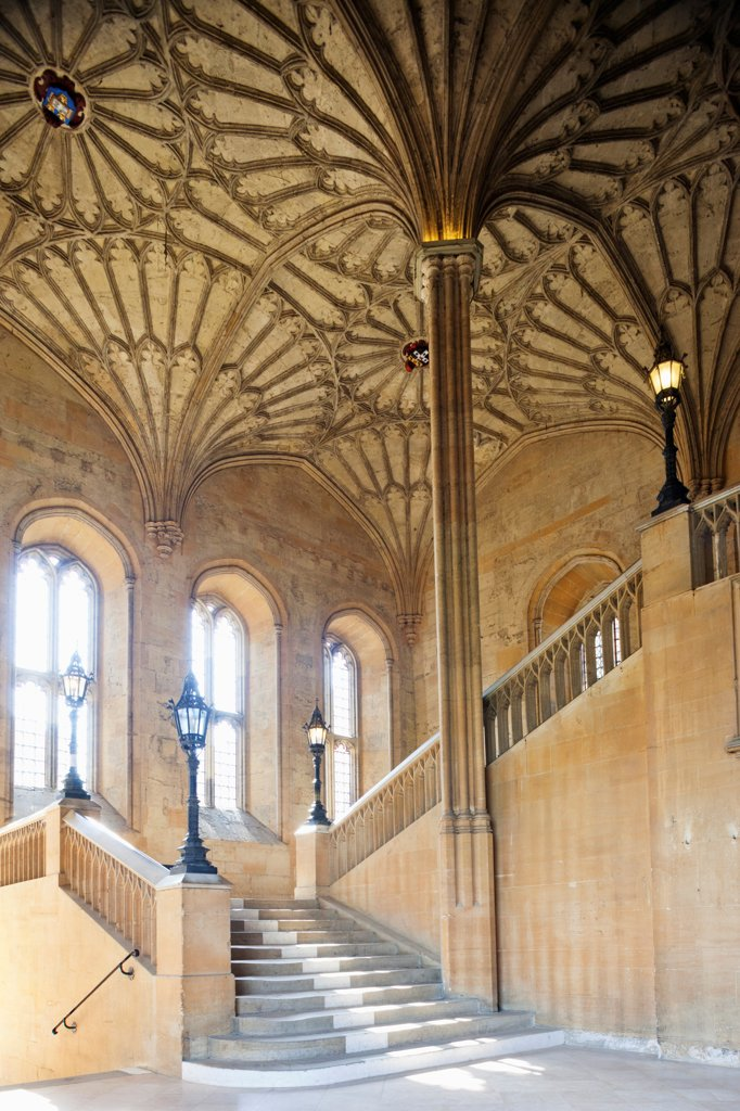 England, Oxfordshire, Oxford, Oxford University, Christ Church College, Great Hall Staircase : Stock Photo