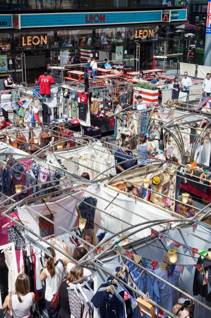 UK, London, Whitechapel, Spitalfields Market, Market booths : Stock Photo