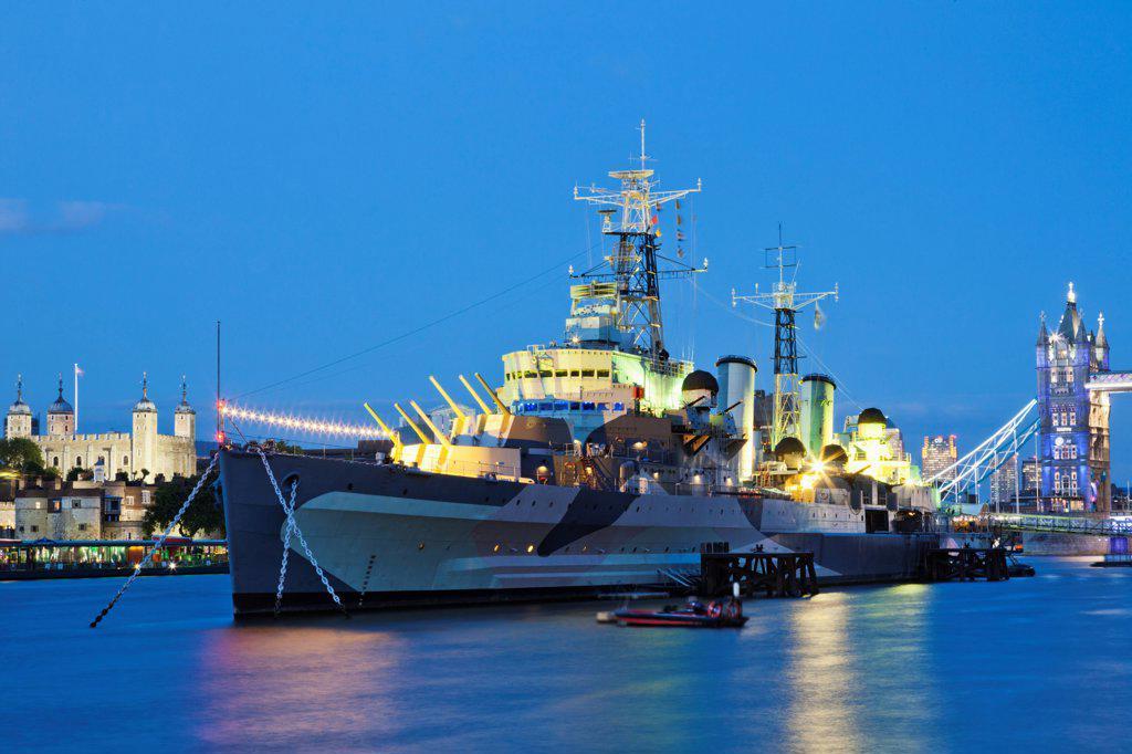 Stock Photo: 442-38217 UK, London, Southwark, Imperial War Museum, HMS Belfast