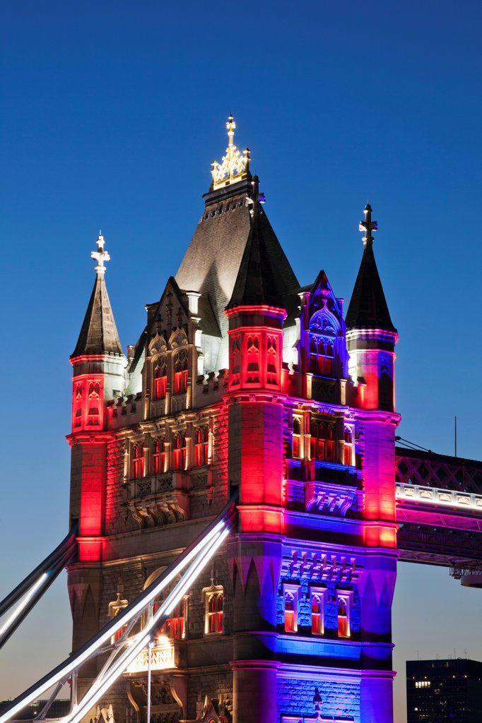 Stock Photo: 442-38231 UK, London, Tower Bridge