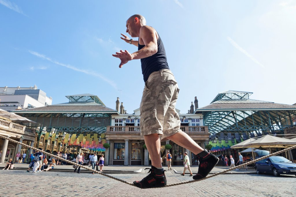 Stock Photo: 442-38266 UK, London, Covent Garden, Tightrope Walker
