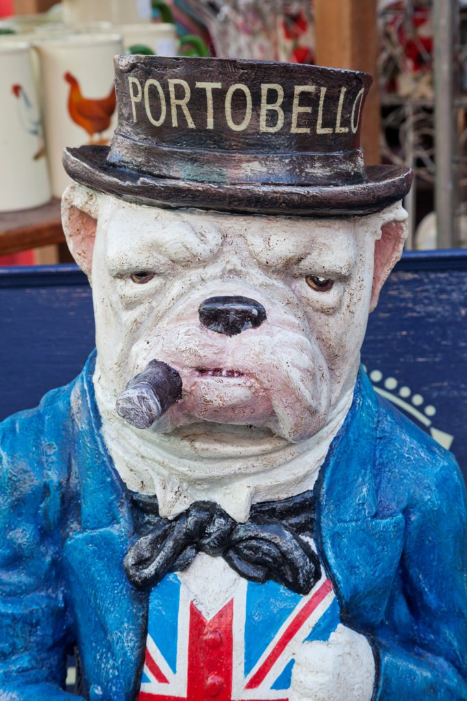 Stock Photo: 442-38269 UK, London, Nottinghill, Portobello Road, Bulldog Statue