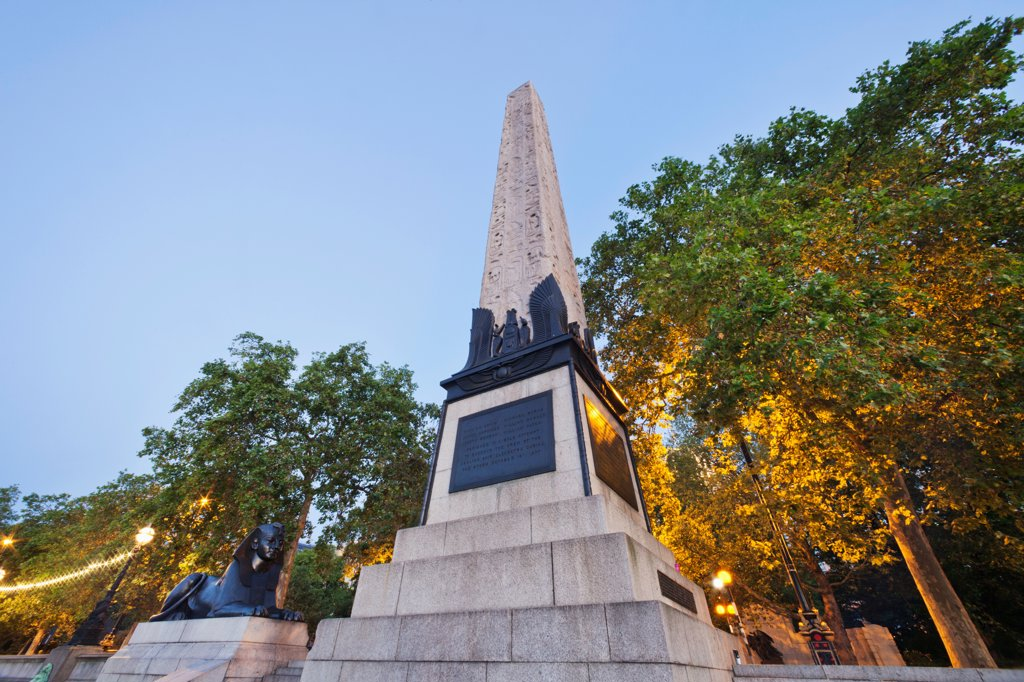 Stock Photo: 442-38314 UK, London, Victoria Embankment, Cleopatra's Needle