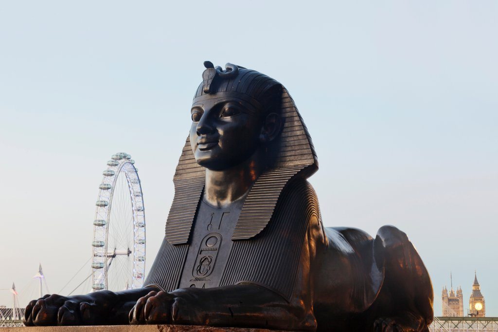 UK, London, Victoria Embankment, Sphinx Statue and London Eye : Stock Photo