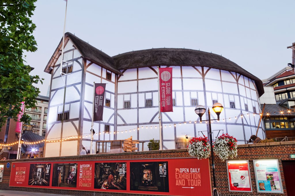 Stock Photo: 442-38325 UK, London, Southwark, Bankside, Globe Theatre
