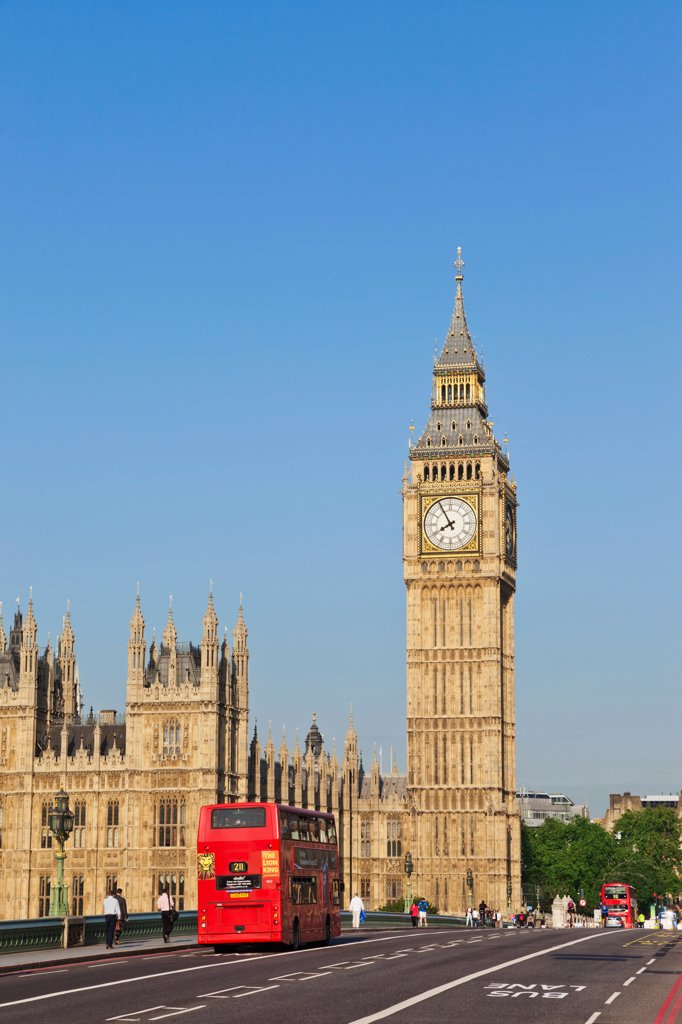 Stock Photo: 442-38331 UK, London, Westminster, Big Ben and Westminster Bridge
