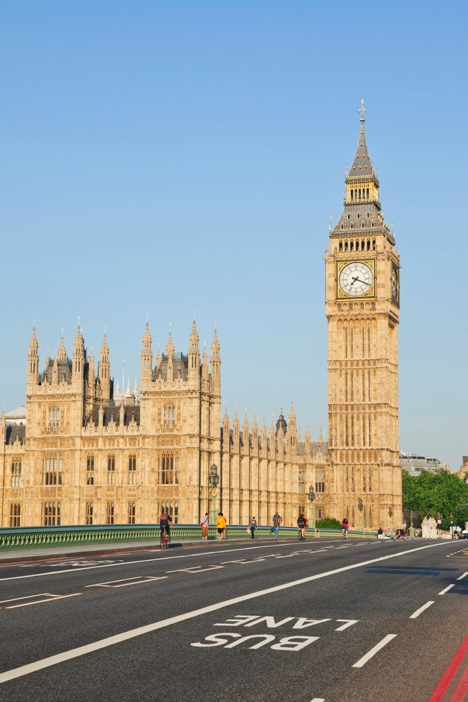 Stock Photo: 442-38335 UK, London, Westminster, Big Ben and Westminster Bridge