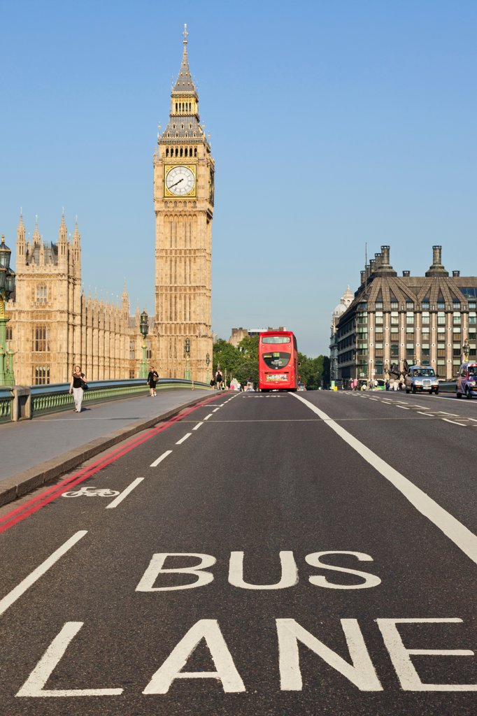 Stock Photo: 442-38336 UK, London, Westminster, Big Ben and Westminster Bridge