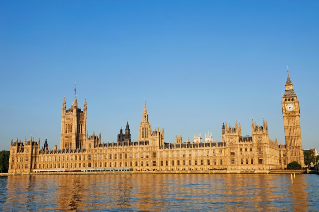 Stock Photo: 442-38339 UK, London, Westminster, Big Ben and Houses of Parliament