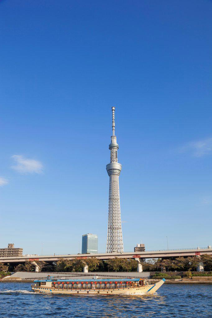 Stock Photo: 442-38687 Japan, Honshu, Kanto, Tokyo, Asakusa, Skytree Tower And Sumidagawa River