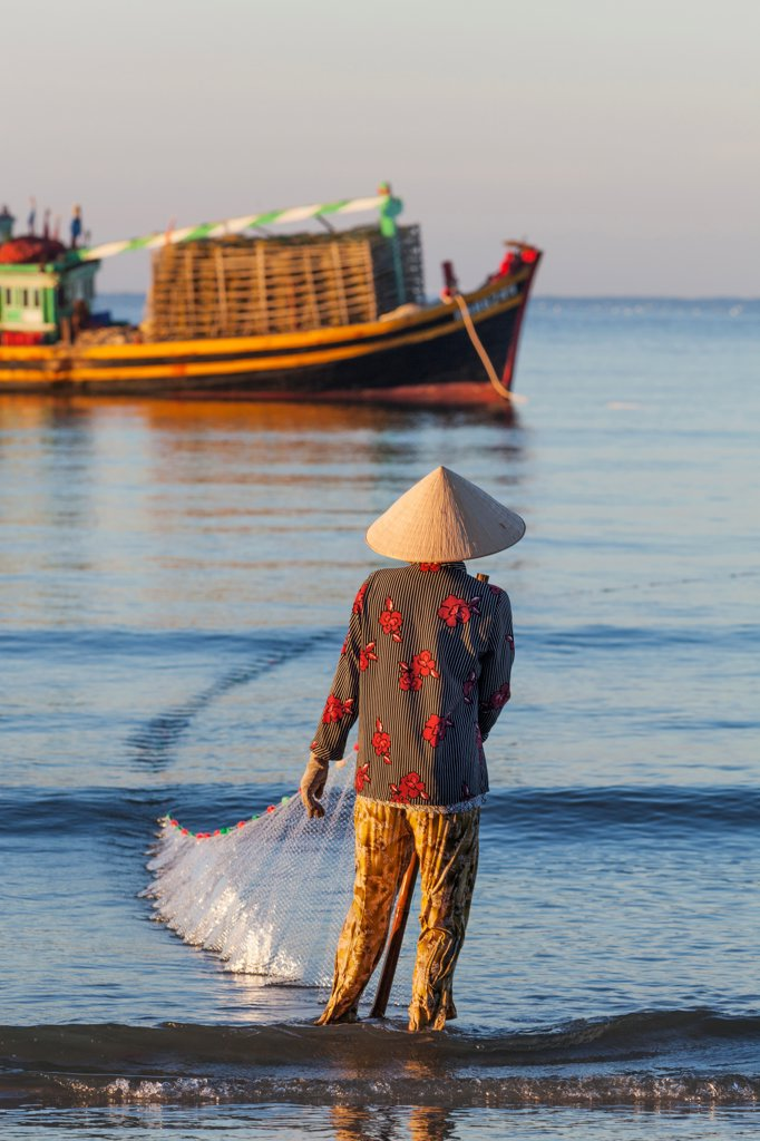 Vietnam, Mui Ne, Mui Ne Beach, Net Fisherwoman : Stock Photo