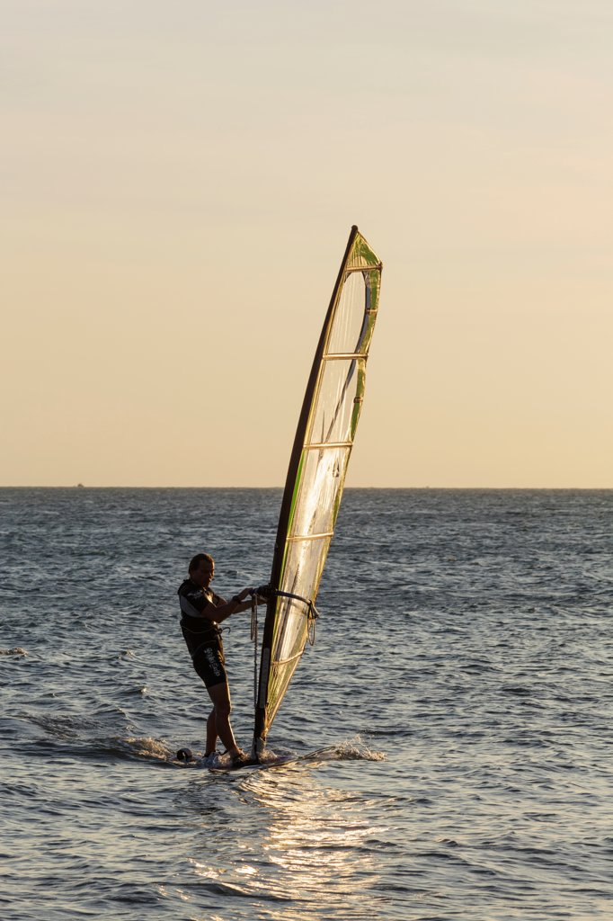 Stock Photo: 442-39083 Vietnam, Mui Ne, Mui Ne Beach, Windsurfer