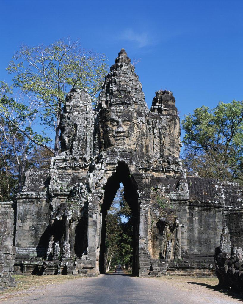 Stock Photo: 442-4337 Ruins of a temple, Angkor Wat, Cambodia