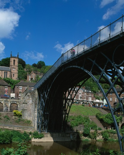 Stock Photo: 442-4503 Iron bridge across a river, Severn River, Shropshire, England