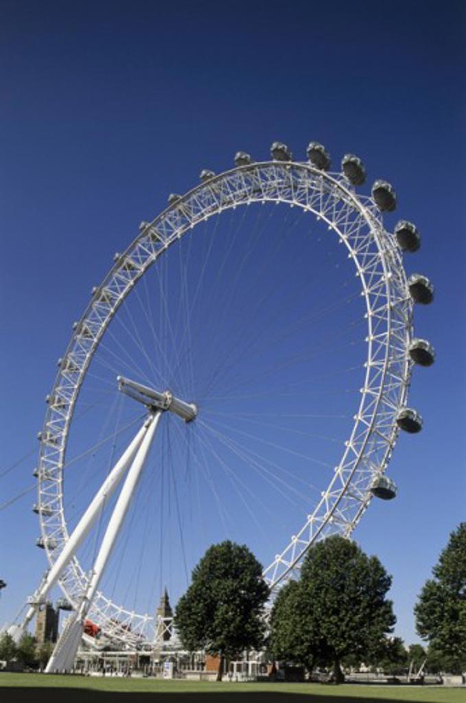 Stock Photo: 442-4507 Low angle view of a ferris wheel, London Eye, London, England