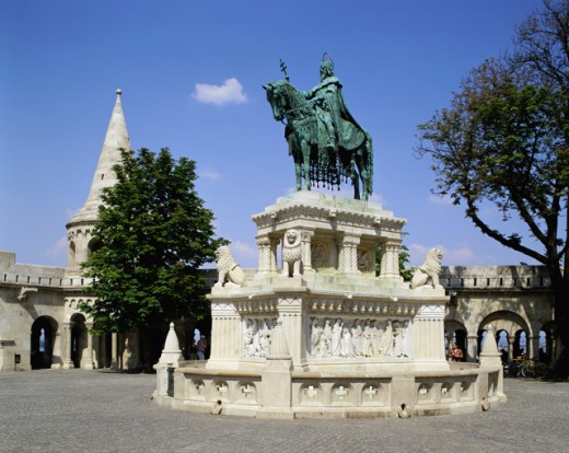 Stock Photo: 442-4857A Low angle view of a statue, St. Stephen Statue, Fisherman's Bastion, Budapest, Hungary