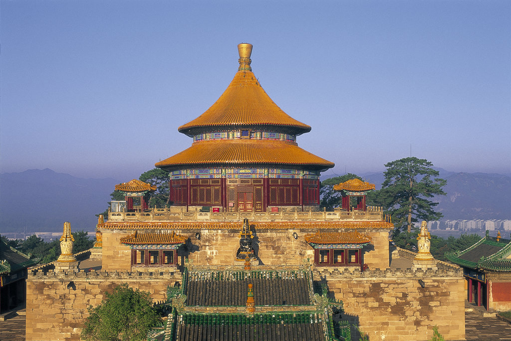High section view of the Temple of Universal Happiness, Chengde, China : Stock Photo