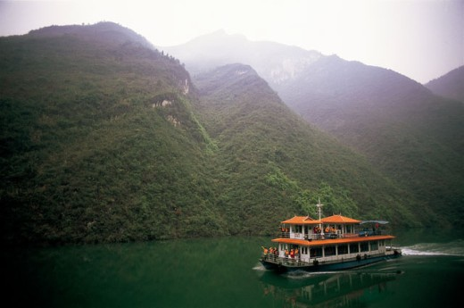Ferry in a river, Wu Gorge, Chongqing, China : Stock Photo