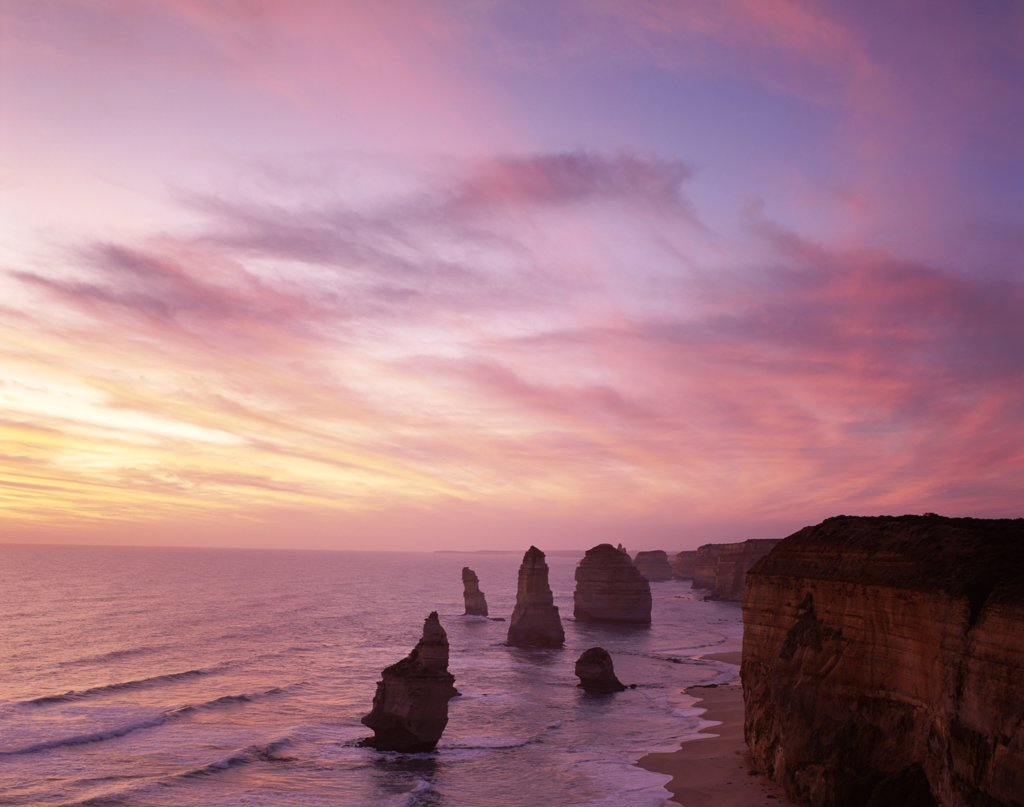 Stock Photo: 442-7341 High angle view of rock formations, Twelve Apostles, Port Campbell National Park, Australia