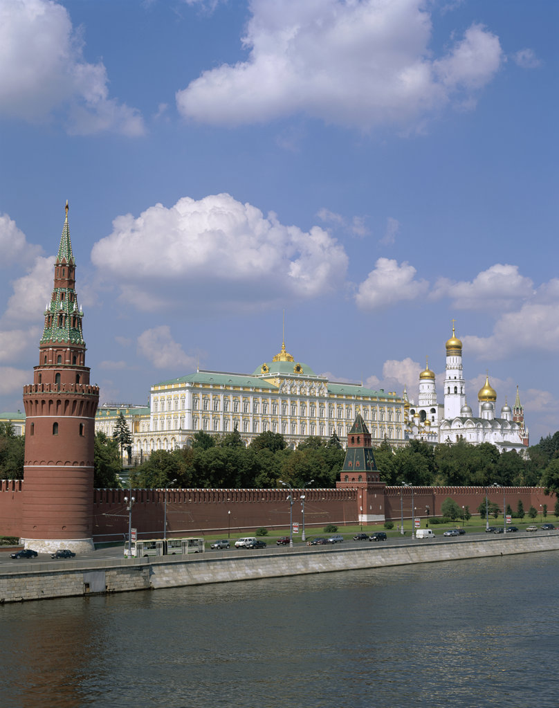 Stock Photo: 442-7541 Kremlin on the Moscow River, Moscow, Russia