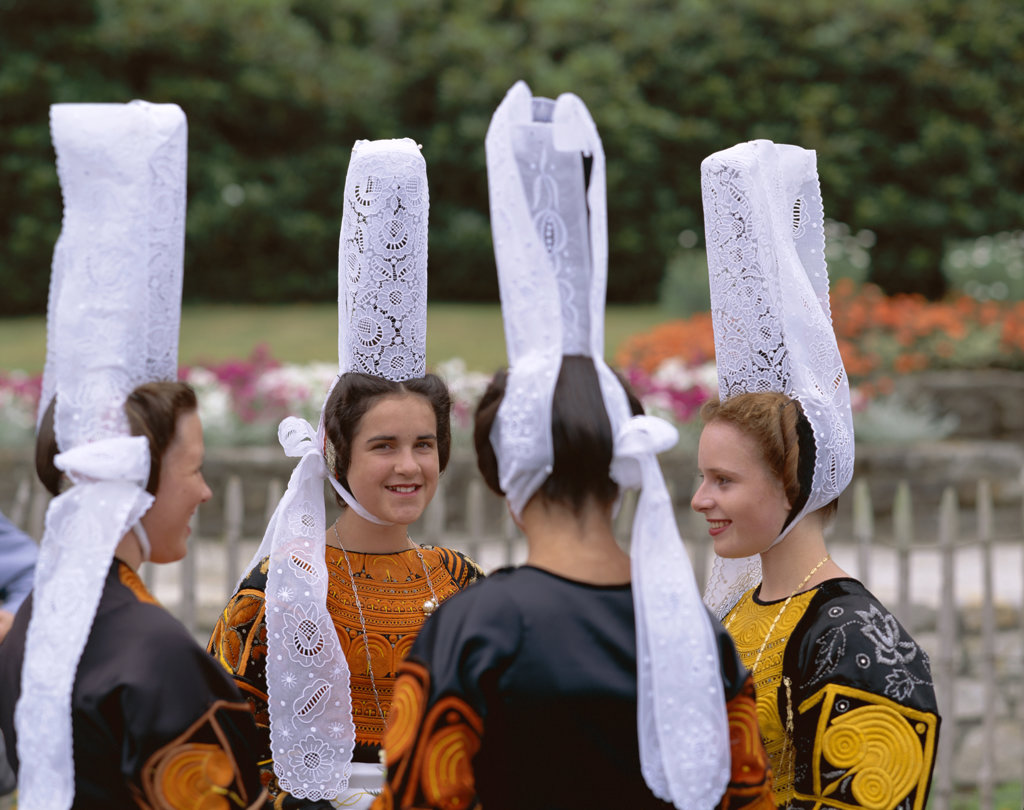 Women wearing Lace Headdress (Coiffes), Breton Traditional Dress, Brittany, France : Stock Photo