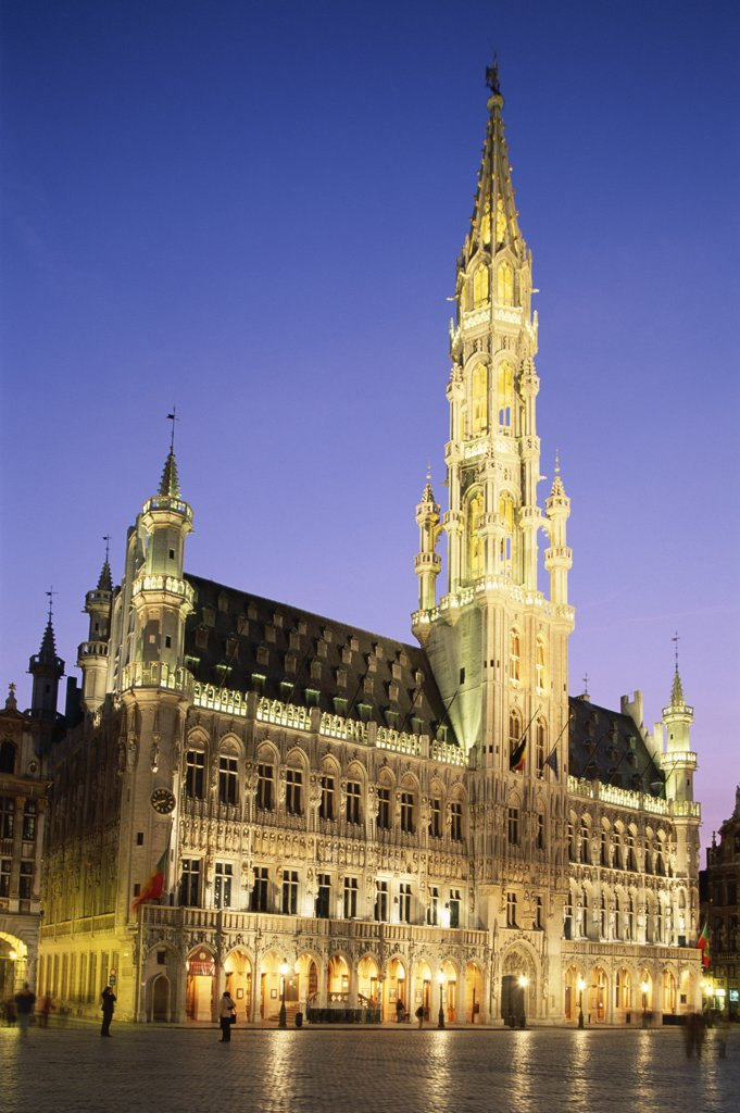 Low angle view of the Town Hall, Grand Place, Brussels, Belgium : Stock Photo