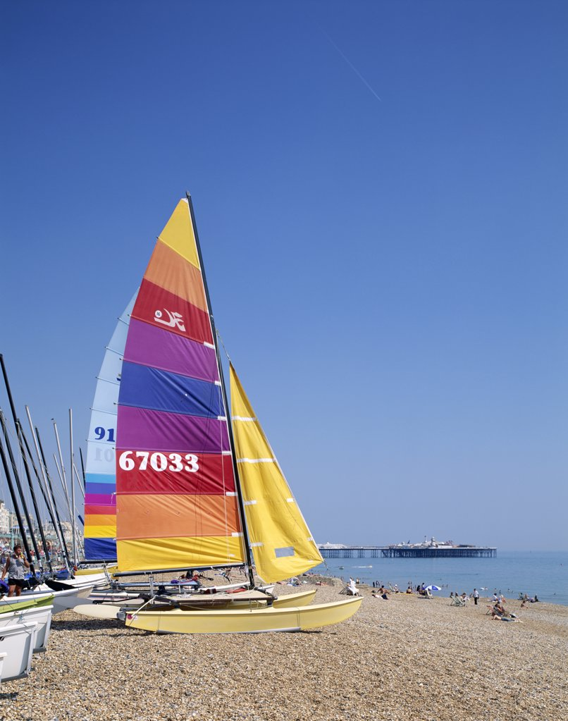 Stock Photo: 442-9351 Sailboat on a beach, Brighton Beach, Brighton, Sussex, England