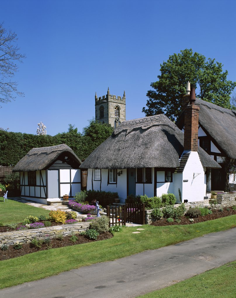 Stock Photo: 442-9358 House and church at the side of a road, Welford-on-Avon, England