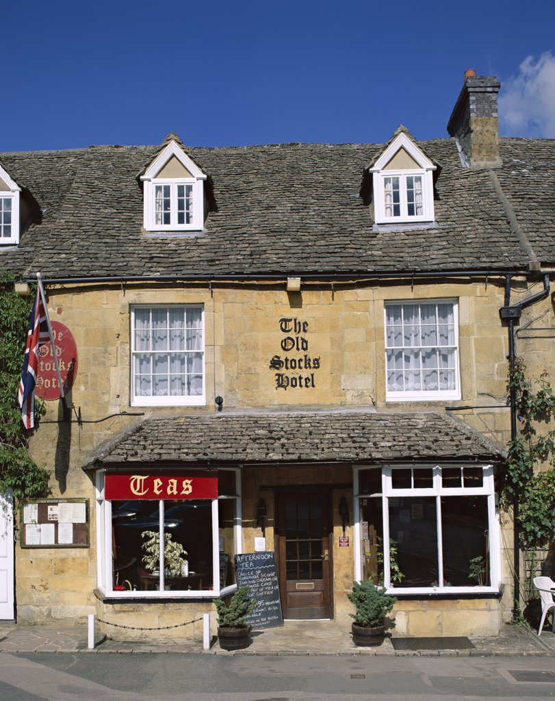 Facade of the Old Stocks Hotel, Stow-on-the-Wold, Cotswolds, Gloucestershire, England : Stock Photo