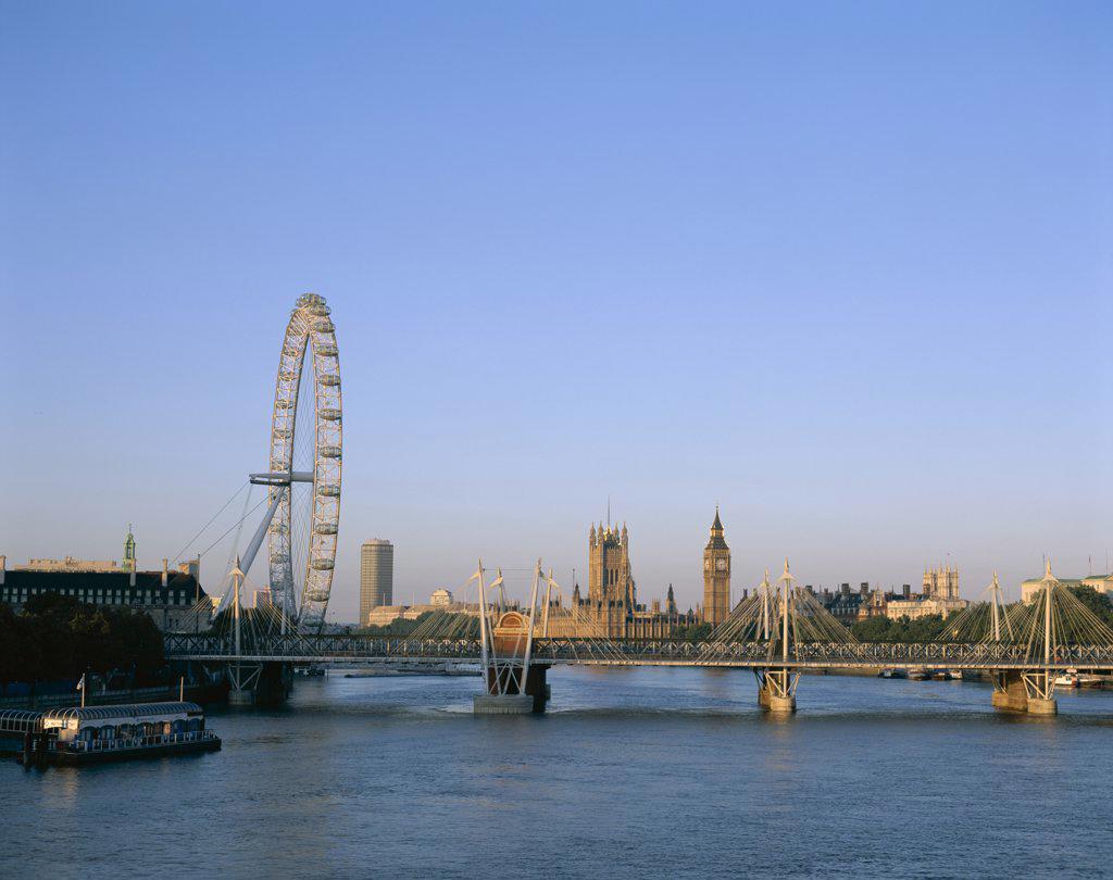 Stock Photo: 442-9486 Bridge along the Thames River, London, England
