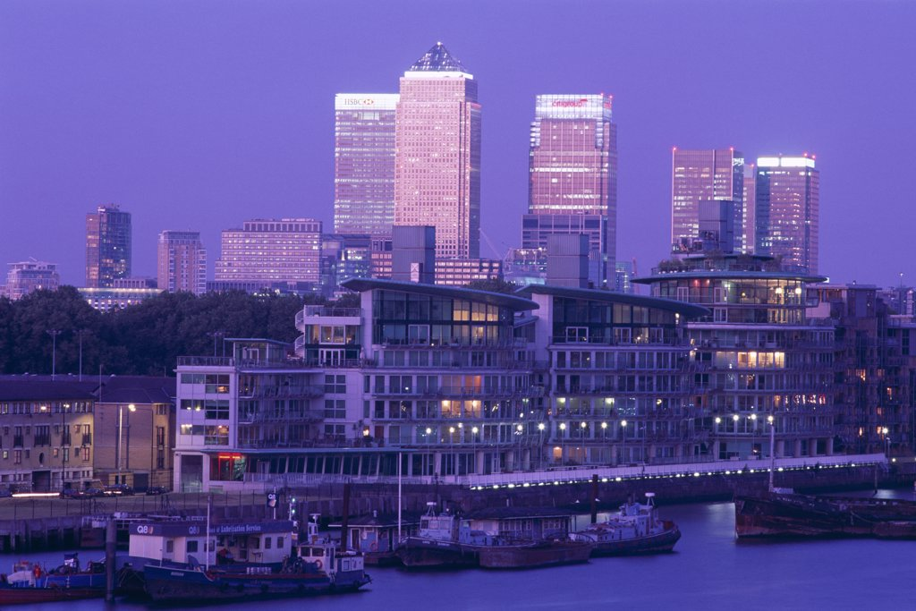 Buildings along Canary Wharf, Docklands, London, England : Stock Photo