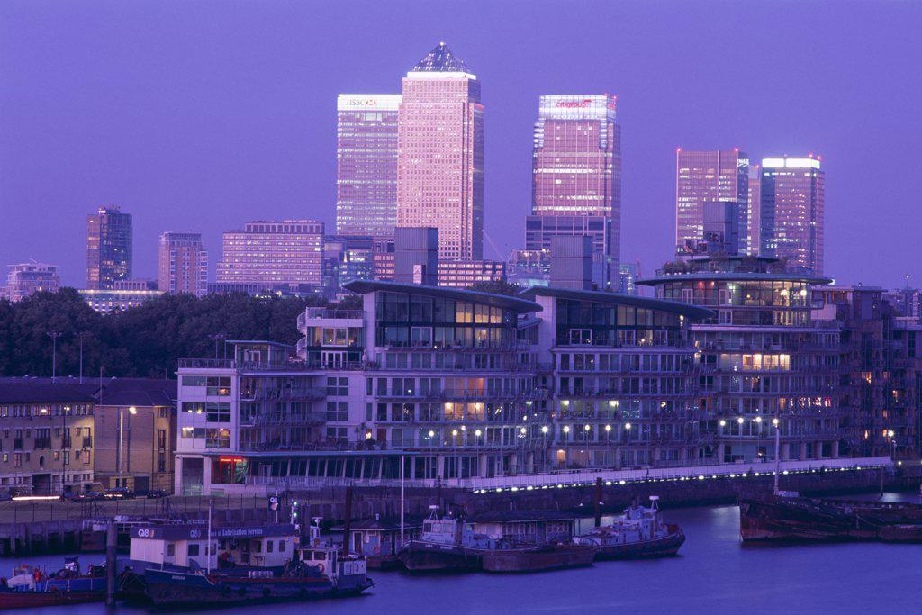 Stock Photo: 442-9567 Buildings along Canary Wharf, Docklands, London, England