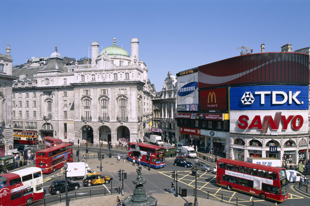 High angle view of double-decker buses, Piccadilly Circus, London, England : Stock Photo