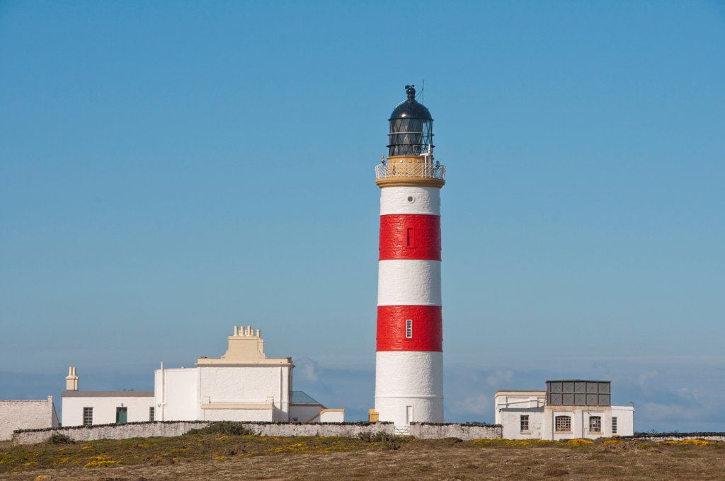 Stock Photo: 4421-34706 View of coastal lighthouse, Point of Ayre Lighthouse, Point of Ayre, Isle of Man, august