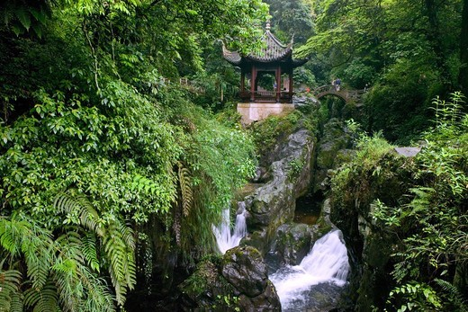 Stock Photo: 4449-12595 Qing Yin Ge Temple, waterfall and rocks, bridge, Mountains, along the pilgrim path on Emei Shan, China, Asia, World Heritage Site, UNESCO