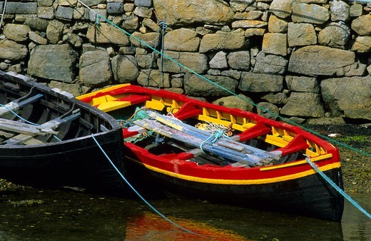 Stock Photo: 4449-29325 Europe, Great Britain, Ireland, Co. Galway, Connemara, rowing boats at the pier in Roundstone