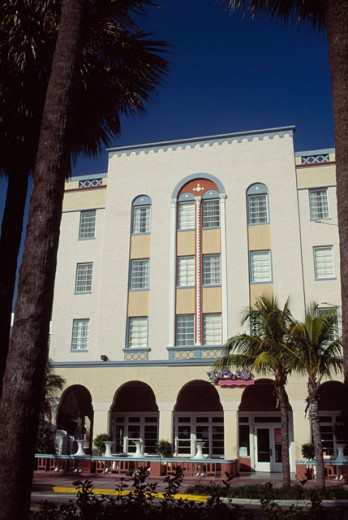 Stock Photo: 46-1214C Ocean Drive Miami Beach Florida USA