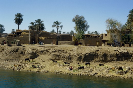 Stock Photo: 46-284 River Bank Villages