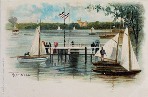 Stock Photo: 463-4925 Boating Dock & Walkway At Wannsee, Berlin 