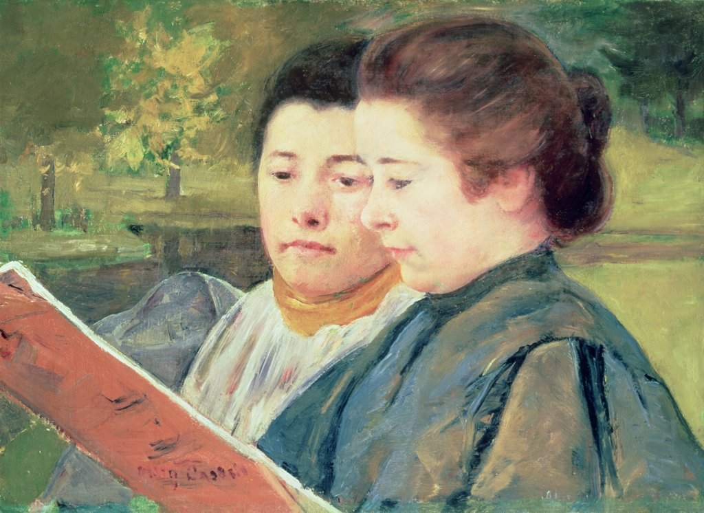 Stock Photo: 475-2419 Women Reading 