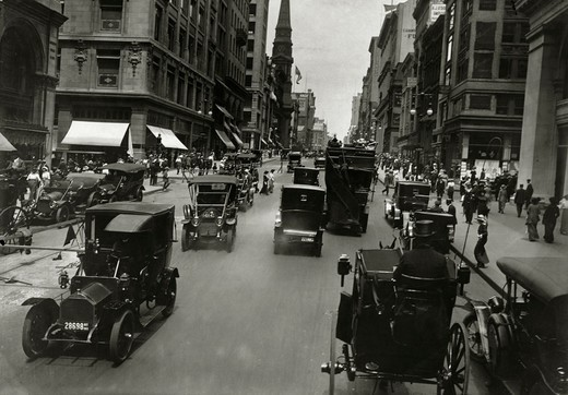 USA, New York City, Looking South On 5th Avenue From 35th Street, 1909 : Stock Photo