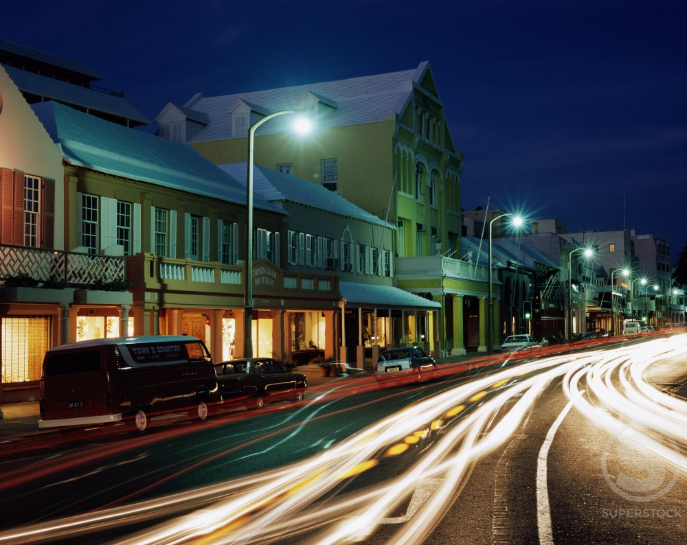 Stock Photo: 491-14508 Streaks of light from moving traffic, Front Street, Hamilton, Bermuda